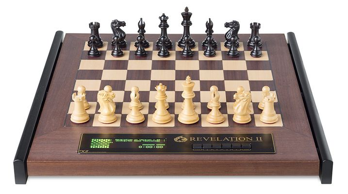 Chess Computer: Revelation II with Ebony Pieces